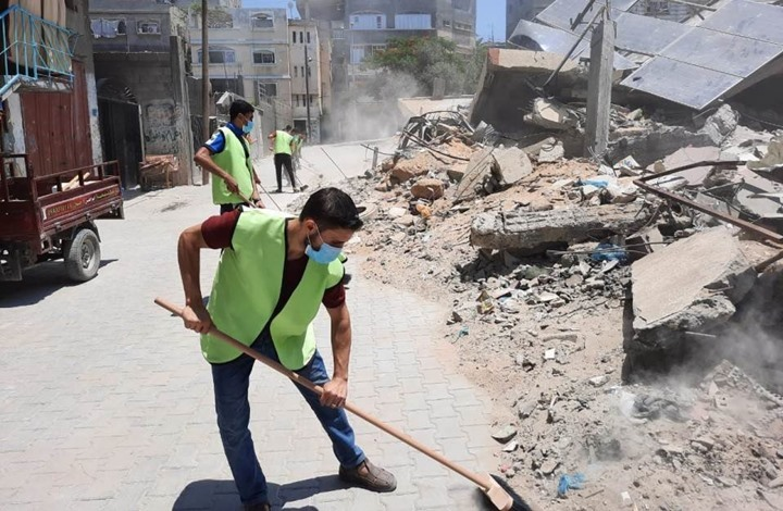 """""""مصابكم مصابنا"""".. حملة تزيين شوارع غزة بعد العدوان (صور)"""