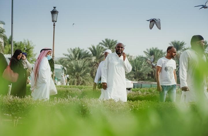 """17 دولة عربية تتفق على موعد """"الأضحى"""" و3 تخالف"""
