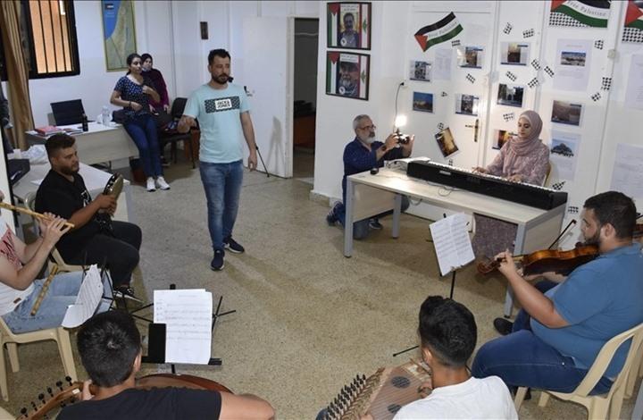 """""""الكمنجاتي"""" فرقة فلسطينية اختارت أن تقاوم بالموسيقى"""