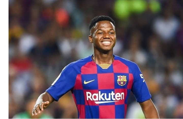 برشلونة يتلقى خبرا سارا بخصوص نجمه الشاب
