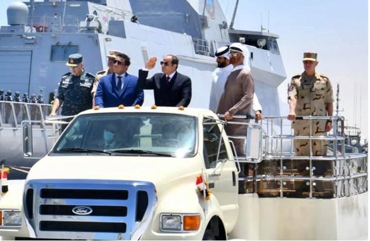 المنفي يشارك افتتاح قاعدة بحرية مصرية قرب حدود ليبيا (شاهد)