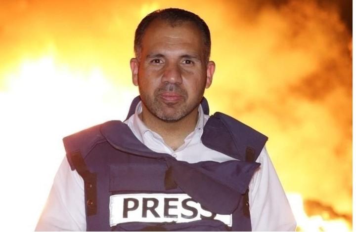 صحفي بالضفة يضرب عن الطعام بعد إغلاق السلطة شركة إعلامية