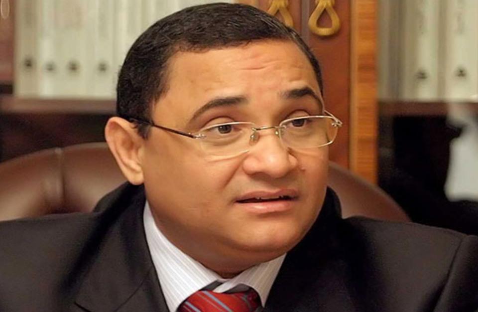 """تسريب لصاحب """"الصندوق الأسود"""" يسب فيه مصر ويتحدى السيسي"""