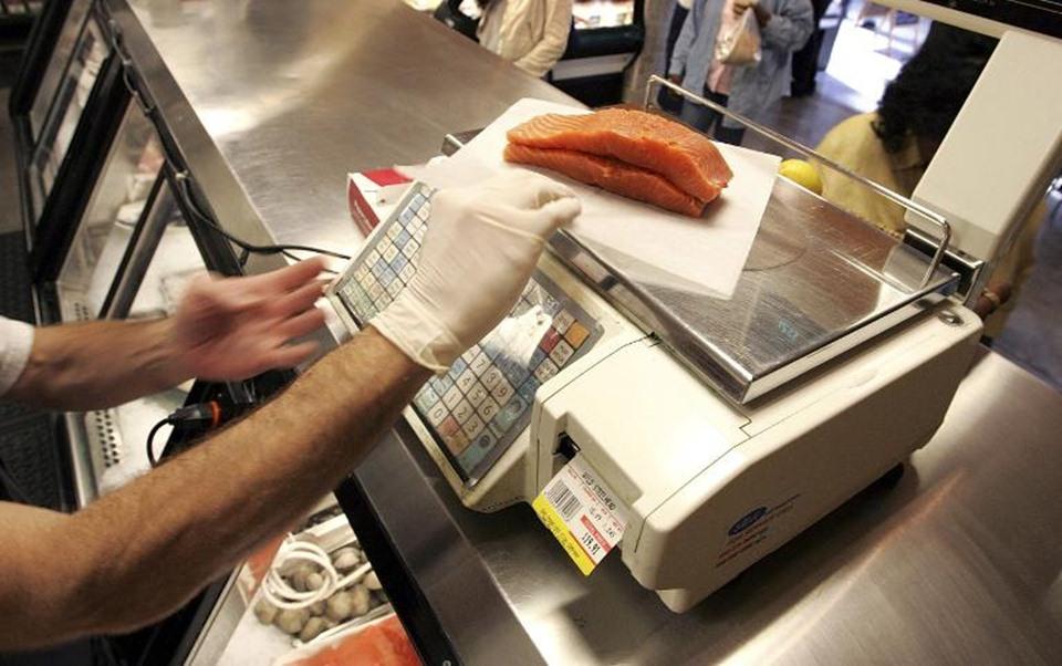 الأسماك الغنية بالزيوت تقي من حساسية الجيوب الأنفية