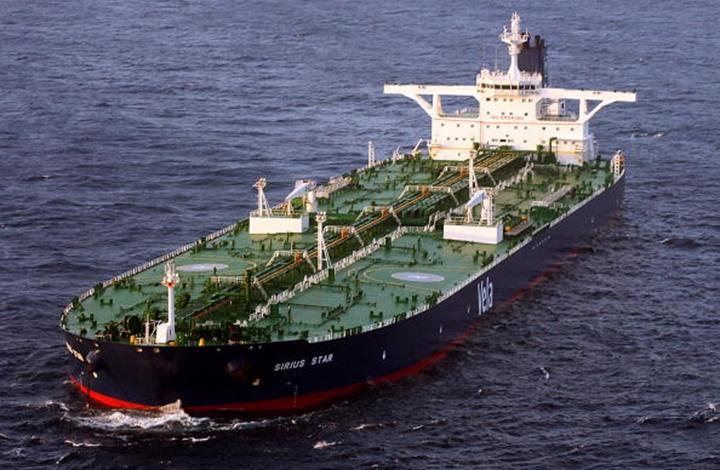 مؤشرات على تحسن الطلب ترفع أسعار النفط