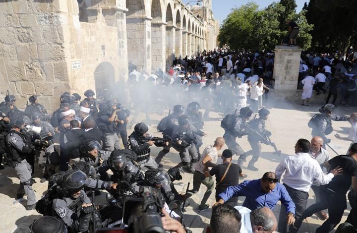 تحذيرات من تفجر الأوضاع بالأقصى نتيجة اعتداءات الاحتلال