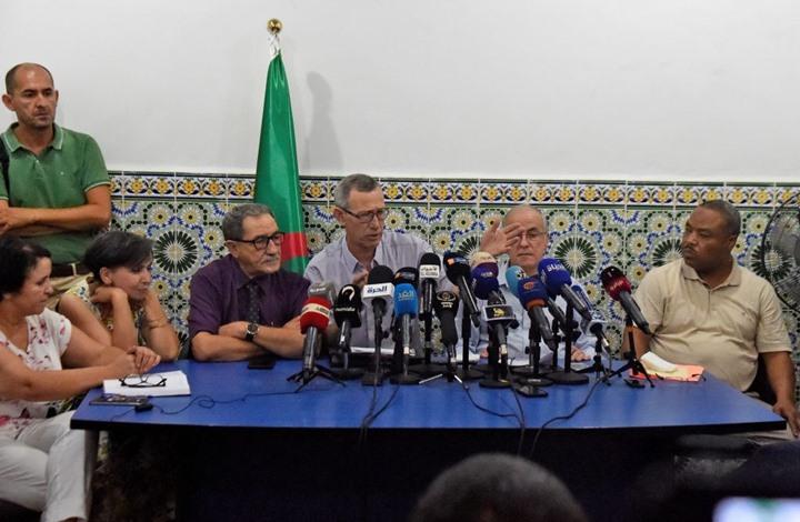 تهديدات بالقتل لأعضاء في هيئة الوساطة والحوار بالجزائر