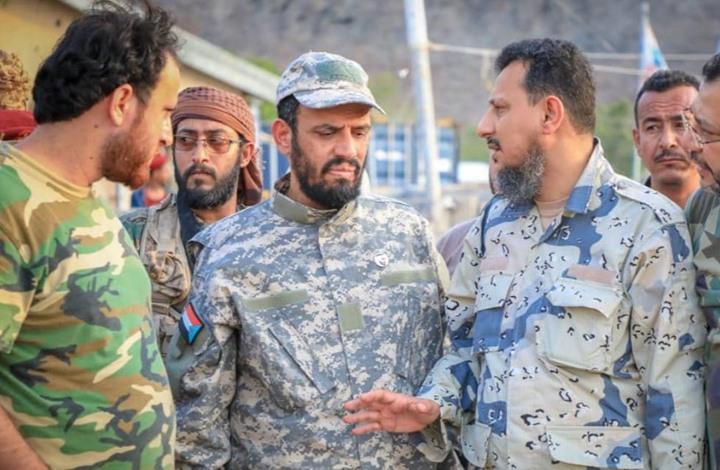بن بريك يهدد الحكومة الشرعية ويطالب بإخراجها من عدن