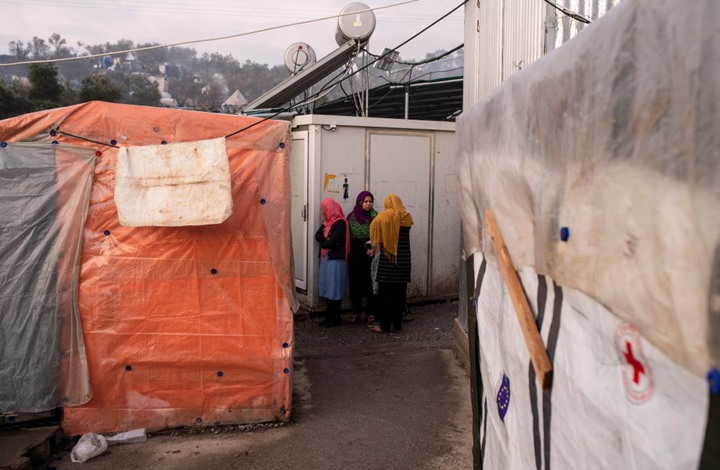 السيول تضرب مخيمات إدلب في سوريا وتشرد ساكنيها (شاهد)