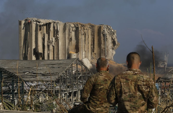 موقع فرنسي: إسرائيل نفذت تفجير مرفأ بيروت بسلاح جديد