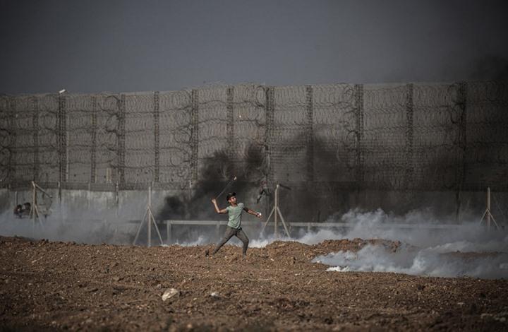 الاحتلال يشرع ببناء جدار جديد.. معاريف: التصعيد مع غزة أقرب