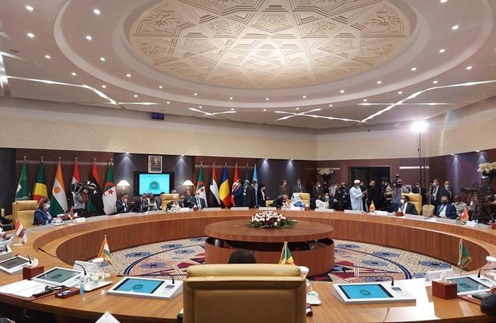 الجزائر تجمع دول جوار ليبيا على الطاولة وعينها على الاستقرار