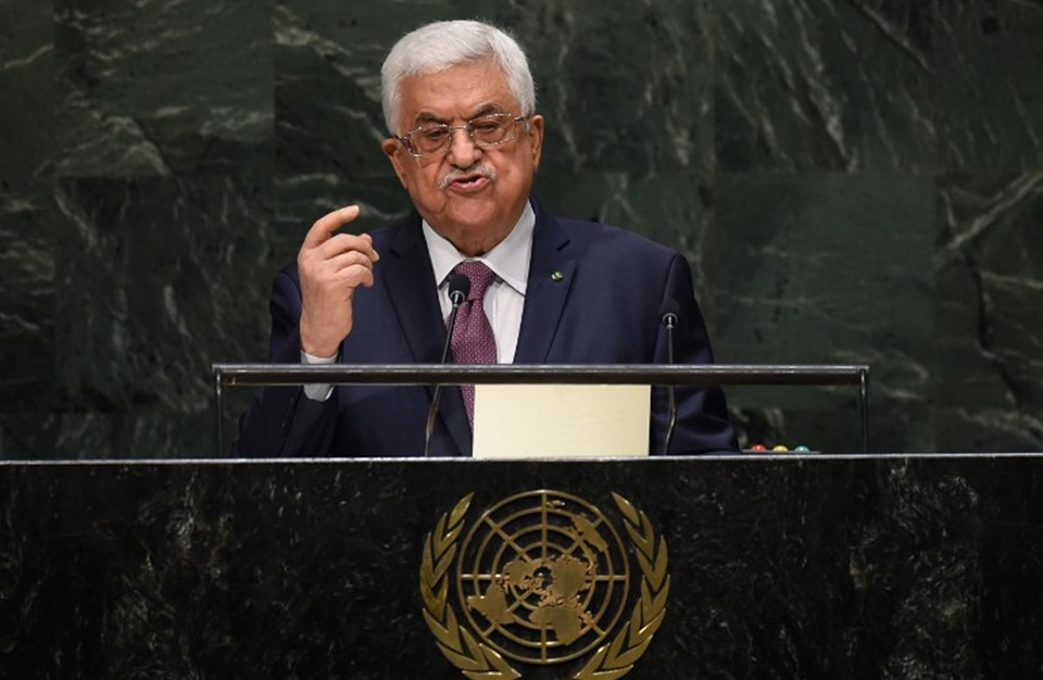 عباس يهدد بإنهاء الاتفاقيات مع الاحتلال ويعلن انتخابات قريبة