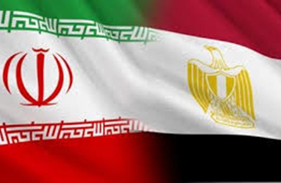 مسؤول إيراني يدعو لتعزيز العلاقات بين القاهرة وطهران