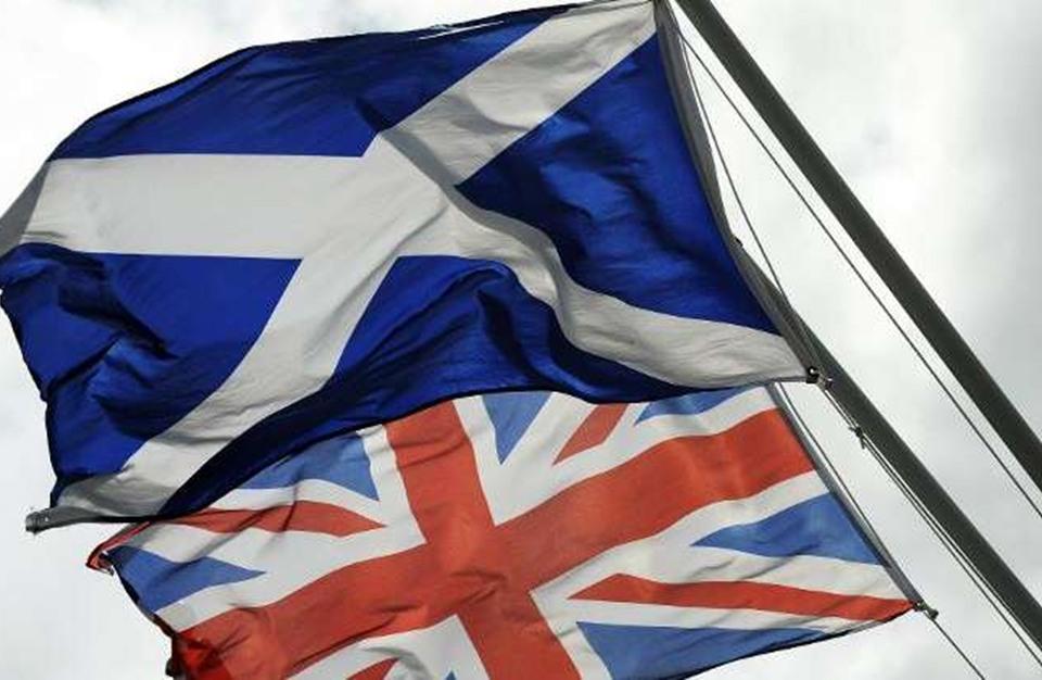 إسكتلندا تطالب جونسون بإجراء استفتاء ثان على استقلالها