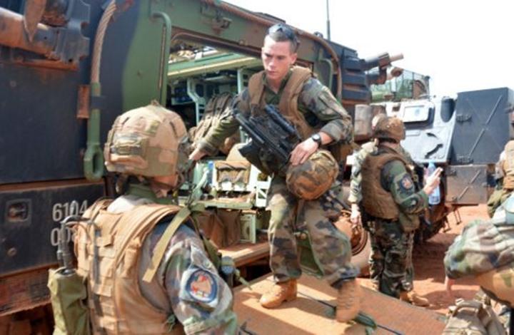 """""""لو فيغارو"""" تكشف: قوات فرنسية خاصة على الأرض باليمن"""