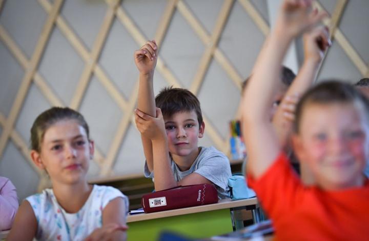 دراسة بريطانية تكشف آثار تربية الأطفال على لغتين مختلفتين