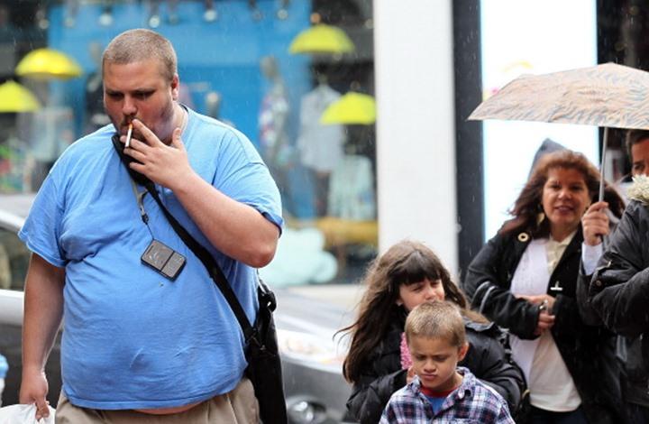 """""""الغذاء والدواء"""" الأمريكية تقترح منع السجائر المنكهة"""