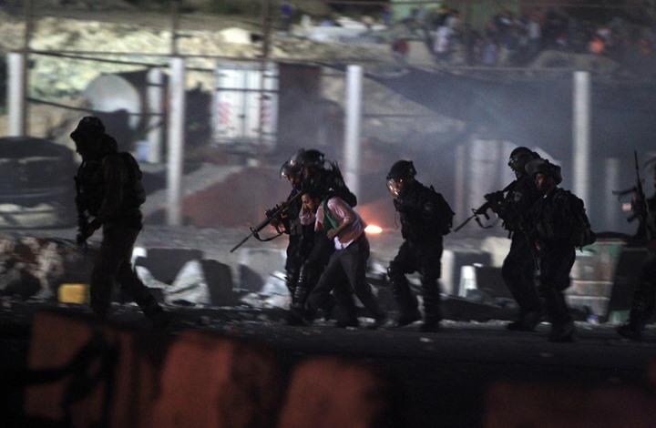 الاحتلال يشن حملة اعتقالات واسعة بالقدس والضفة الغربية