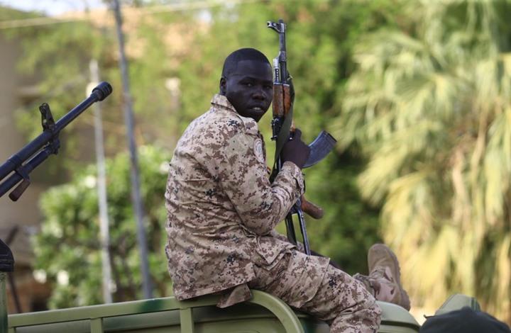 """قرار بجمع السلاح خلال 72 ساعة بمدينة """"بورتسودان"""" السودانية"""