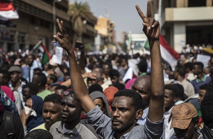 بسبب ازدياد الديون.. قطاع النفط في السودان مهدد بالتجميد