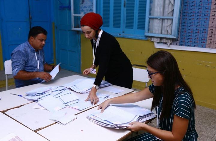NYT: انتخابات تونس مؤشر جديد لحالة انتقالها الديمقراطي
