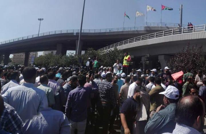 معلمو الأردن يؤكدون إضرابهم بعد فشل اجتماع مع الحكومة