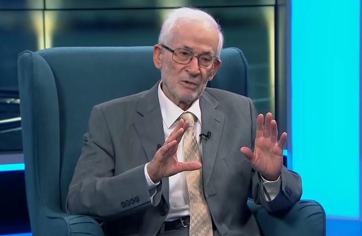 """إبراهيم منير يبعث رسالة إلى """"ماكرون"""".. هذا ما جاء فيها"""