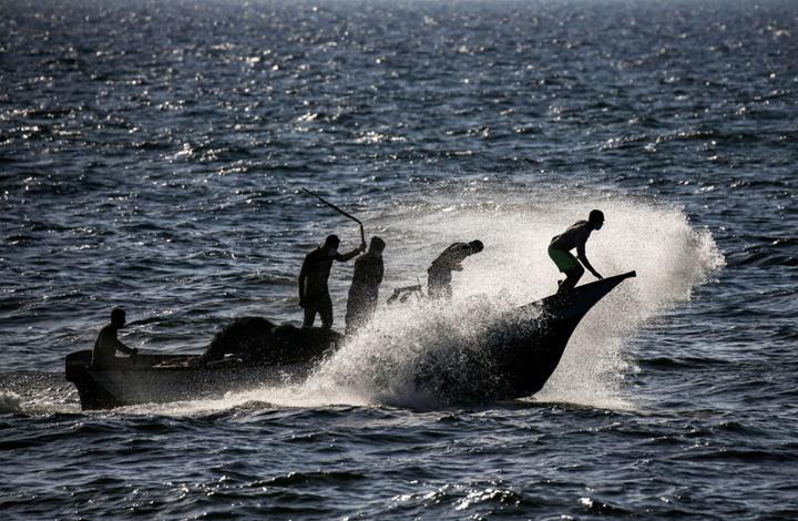 """""""القسام"""" ينعى 3 من كوادره استشهدوا بانفجار مركبهم ببحر غزة"""