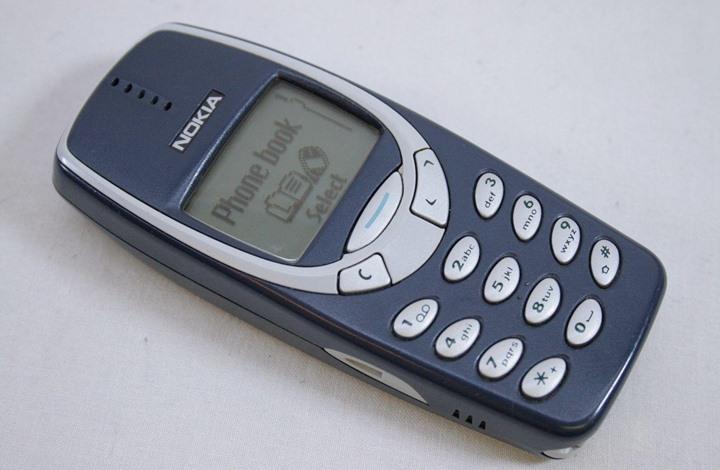 """20 عاما على الجبّار """"Nokia 3310"""".. هكذا كانت مواصفاته (تفاعلي)"""