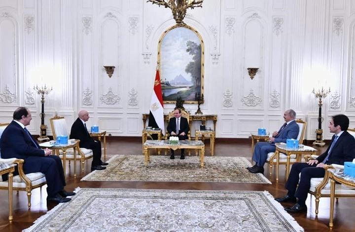 """السيسي يطالب """"حفتر"""" بمنع التدخل الخارجي بانتخابات ليبيا"""