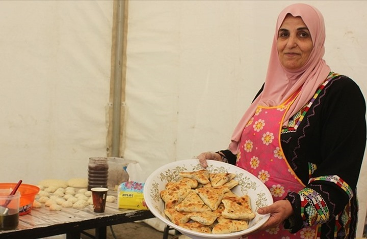 فريال الكوفحي.. سيدة الأطباق الشعبية في الأردن