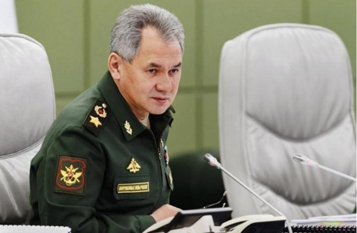 وزارة الدفاع الروسية تؤيد إنشاء مسار بديل لقناة السويس