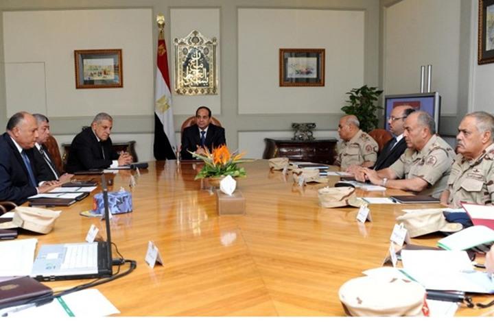 """محللون ينددون بتمديد """"الطوارئ"""" بمصر للمرة الـ14 على التوالي"""