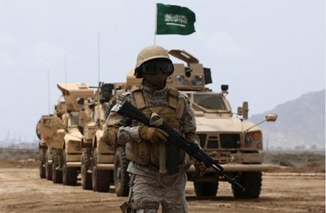 السعودية تعتزم تصنيع مدرعة محلية.. ونشطاء يعلقون (فيديو)