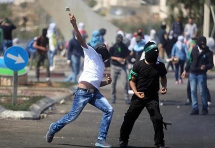 مواجهات متفرقة مع جيش الاحتلال في الضفة - 03- مواجهات متفرقة مع جيش الاحتلال في الضفة -  الاناضول
