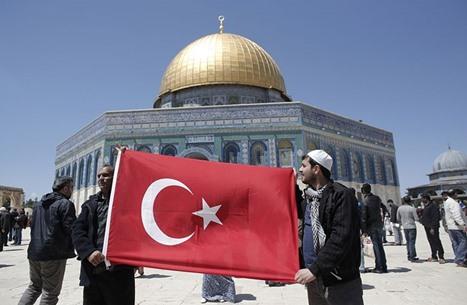 هل تؤثر القيادات الجديدة بإيران وإسرائيل على العلاقات مع تركيا؟