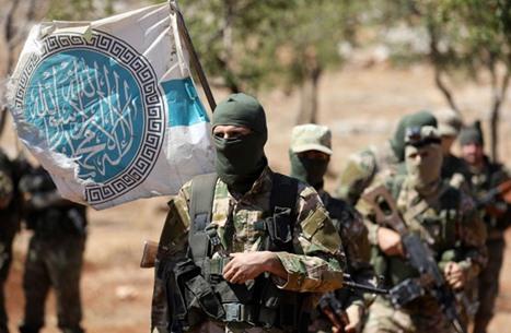 هيئة تحرير الشام تتخلص من خصومها بإدلب وتغازل الغرب