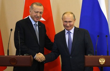 """بوتين يشيد بأردوغان ويعلق على """"الإمبراطورية العثمانية"""""""