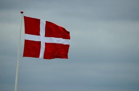 الدنمارك تقرر ترحيل نحو 100 لاجئ سوري إلى دمشق