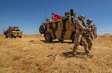 مقتل جنديين تركيين وإصابة 3 بهجوم في إدلب شمال سوريا