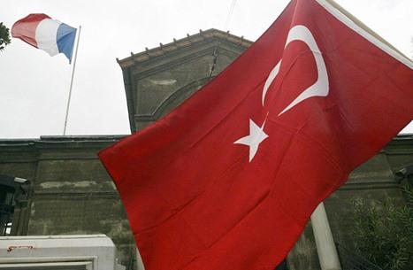 وزير فرنسي يحرّض ضد تركيا قبيل قمة أوروبية