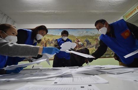 تحديد موعد انتخابات برلمان قرغيزستان في ديسمبر المقبل