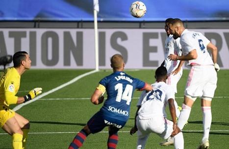 بنزيما يقود ريال مدريد لاكتساح شباك هويسكا