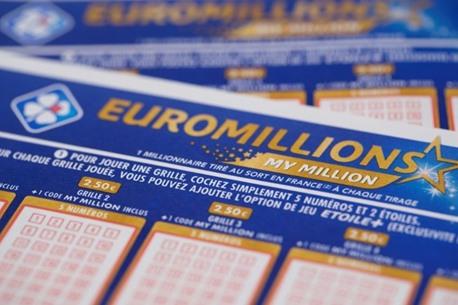 220 مليون يورو قيمة ورقة يانصيب رابحة في فرنسا
