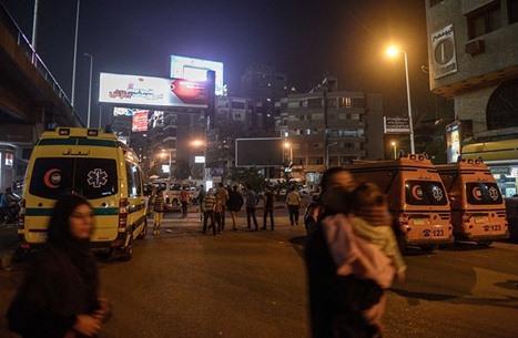 مصرع 17 شخصا في حادث تصادم شاحنة بحافلة ركاب بمصر