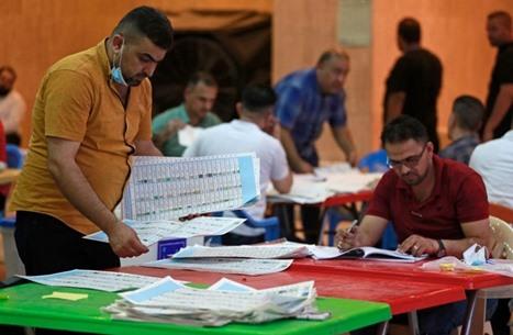 """""""فاقهم الصدريون"""".. ما أسباب تراجع مقاعد السنة في العراق؟"""