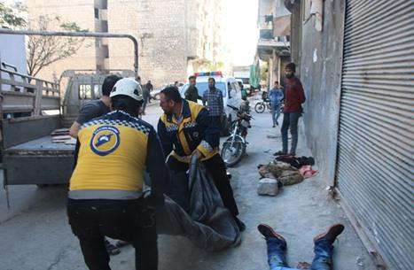قصف للنظام السوري في إدلب يتسبب بمجزرة مروعة (شاهد)