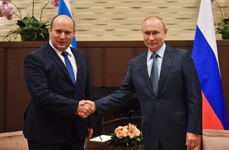 """رئيس وزراء الاحتلال: الروس جيراننا من الشمال """"إلى حد ما"""""""