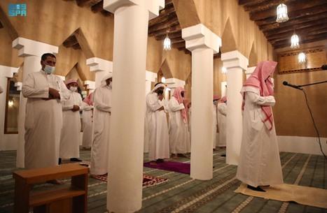 """السعودية تخصص خطبة الجمعة لمهاجمة """"السرورية"""".. وجدل"""